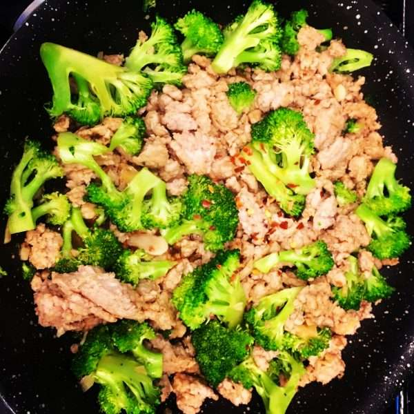 Ground Chicken and Broccoli Stir-Fry